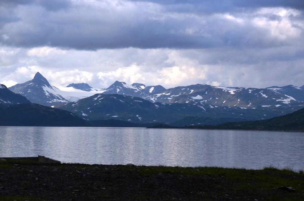 Autoroute door Fjord Noorwegen